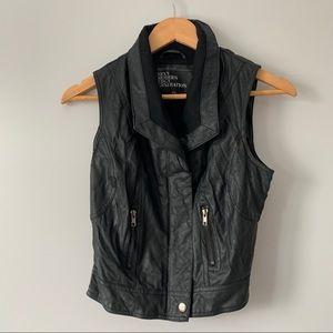 Urban behavior black vegan leather trendy vest S